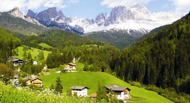Доломитовые Альпы в Италии фото
