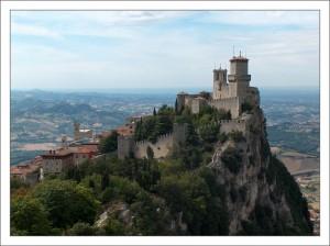 Сан-Марино. Замок фото
