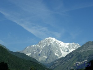 Самая высокая гора Италии (Монблан)  фото