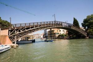 Мосты Венеции. Мост Академии фото
